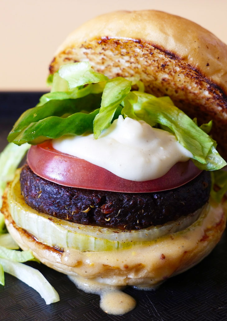 """""""MEAT FREE MONDAY"""" SUPERIORITY BURGER"""