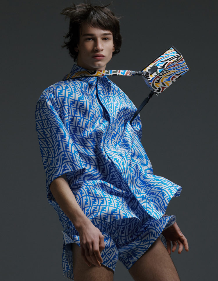 THE SELECTIONBY SWAG HOMMES FENDI: LIGHT BLUE STUFF
